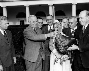 harry-truman-turkey-pardoning