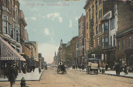 Downtown Steubenville in 1910.