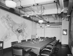 war rooms wwii era map room2