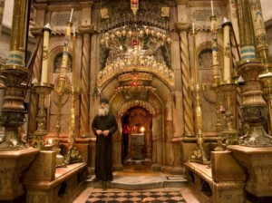 christian-kober-priest-at-tomb-of-jesus-christ-church-of-holy-sepulchre-old-walled-city-jerusalem-israel