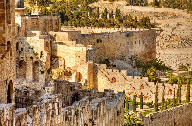 Jerusalem _ Old City Walls _ Noam Chen_IMOT