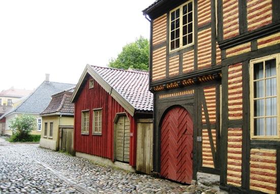 9 13 oslo folk museum street