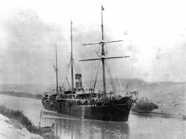 SS Quetta passing through the Suez Canal in the 1880s, item held by the State Library of Queensland (via Wikimedia Commons)