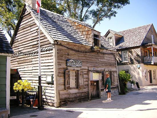 st aug oldest-wooden-school