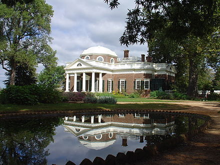 440px-Monticello_reflected