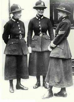 Early_Women_Police