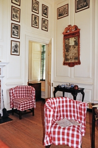 TIDBITS-TWINE-Williamsburg-Governors-Palace